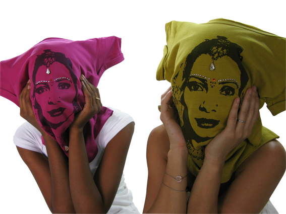 Take a peek @ faces behind Masala Tee